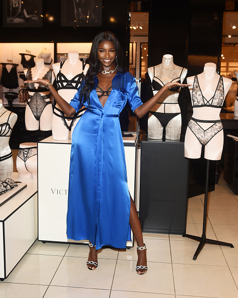 Silver Shoe「Victoria's Secret Launches New Fall Collection」:写真・画像(16)[壁紙.com]