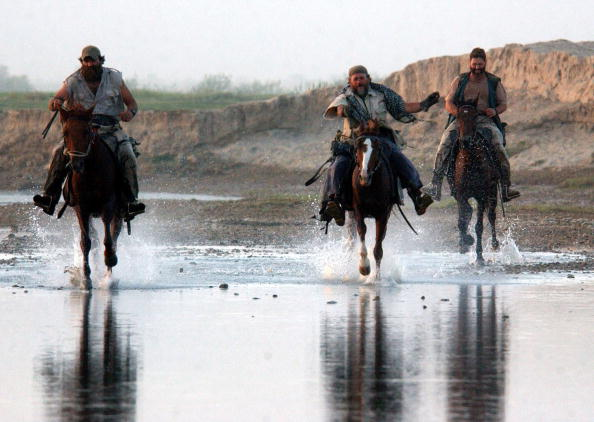 Horse「U.S. Special Forces in Northern Afghanistan」:写真・画像(16)[壁紙.com]
