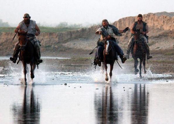 Horseback Riding「U.S. Special Forces in Northern Afghanistan」:写真・画像(6)[壁紙.com]