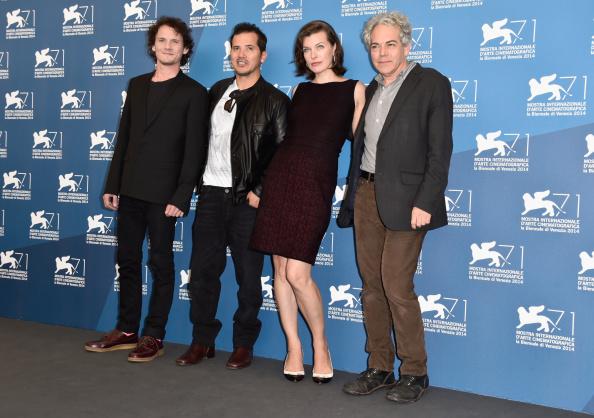 ミラ・ジョヴォヴィッチ「'Cymbeline' - Photocall - 71st Venice Film Festival」:写真・画像(9)[壁紙.com]