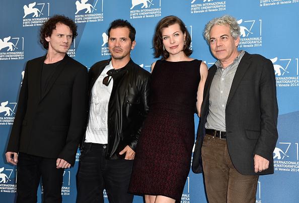 ミラ・ジョヴォヴィッチ「'Cymbeline' - Photocall - 71st Venice Film Festival」:写真・画像(8)[壁紙.com]