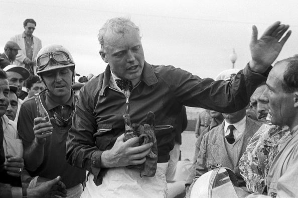 Portugal「Mike Hawthorn, Stirling Moss, Grand Prix Of Portugal」:写真・画像(8)[壁紙.com]