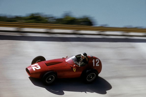 Formula One Racing「Mike Hawthorn, Race Of Two Worlds」:写真・画像(18)[壁紙.com]