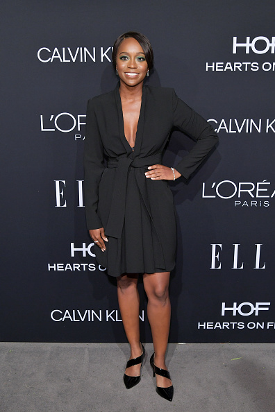 Celebration「ELLE's 25th Annual Women In Hollywood Celebration Presented By L'Oreal Paris, Hearts On Fire And CALVIN KLEIN - Red Carpet」:写真・画像(9)[壁紙.com]