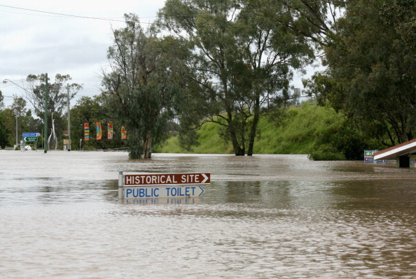 Chinchilla - Rodent「Death Toll Rises As Queensland Flood Disaster Continues」:写真・画像(13)[壁紙.com]