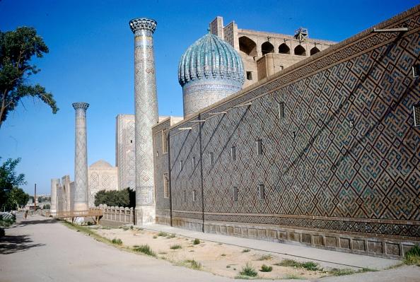 Samarkand「Outside Wall Of Shir-Dar Madrasa」:写真・画像(15)[壁紙.com]
