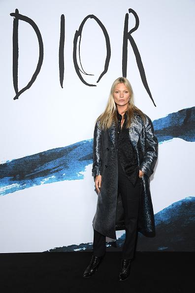 Kate Moss「Dior Homme : Photocall - Paris Fashion Week - Menswear F/W 2019-2020」:写真・画像(17)[壁紙.com]