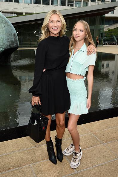 Kate Moss「Longchamp SS20 Runway Show - Front Row」:写真・画像(4)[壁紙.com]