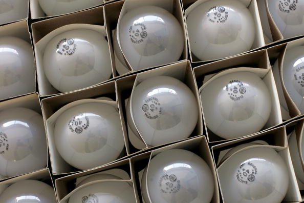 Light Bulb「California Lawmaker Considers Bill Banning Conventional Light Bulbs」:写真・画像(6)[壁紙.com]