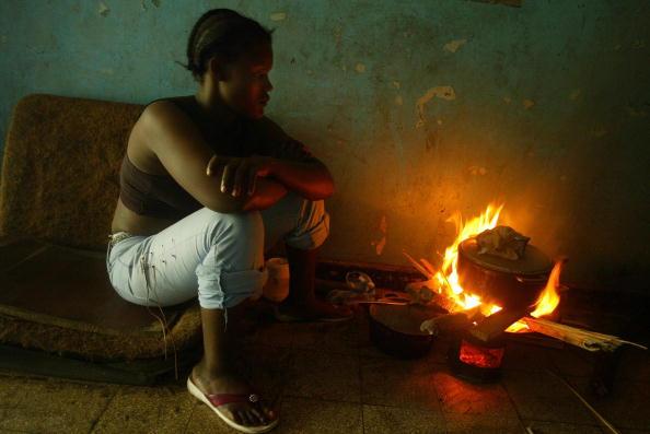 Three Quarter Length「Delicate Peace Holds In Liberia」:写真・画像(7)[壁紙.com]