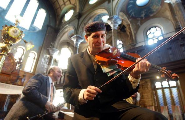 Klezmer「Historic NYC Synagogue Under Renovation Hosts Wedding」:写真・画像(0)[壁紙.com]