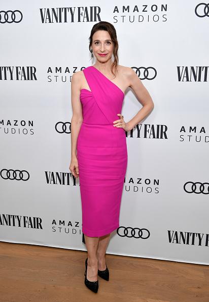 Hot Pink「The Vanity Fair x Amazon Studios 2020 Awards Season Celebration - Arrivals」:写真・画像(6)[壁紙.com]