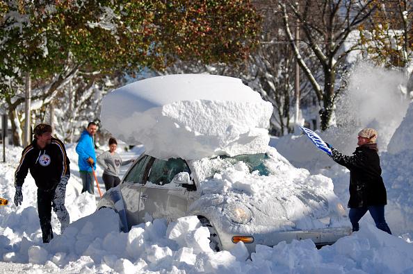 Blizzard「Record Snowstorm Pummels Buffalo」:写真・画像(17)[壁紙.com]