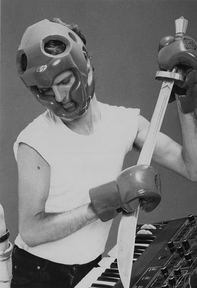 Headwear「Keyboard Player Dave Stewart」:写真・画像(19)[壁紙.com]