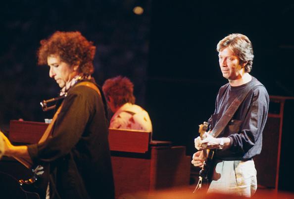 爪弾く「Clapton and Dylan」:写真・画像(7)[壁紙.com]