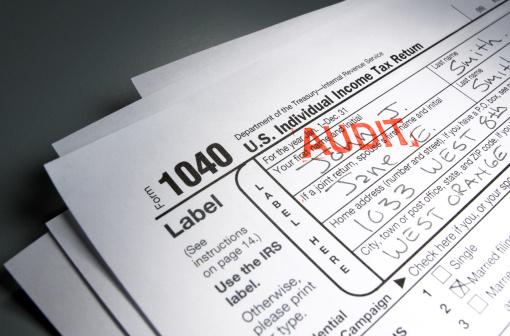 Audit「Audit Stamp on Tax Form」:スマホ壁紙(1)