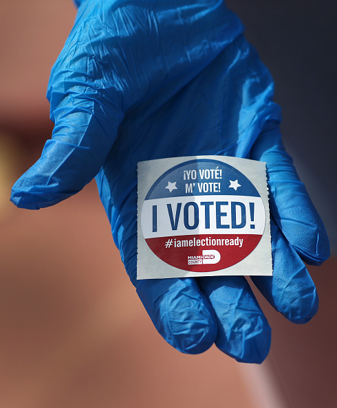 Protective Glove「Florida Holds Presidential Primary Amid Coronavirus Pandemic」:写真・画像(8)[壁紙.com]
