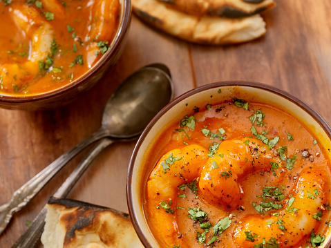 Butter Chicken「Spicy Red Curry Soup with Shrimp and Naan Bread」:スマホ壁紙(13)