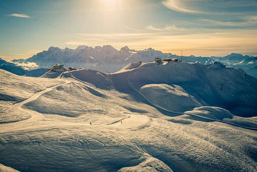 スノーボード「ヴェルビエ スキー リゾートのサンセット」:スマホ壁紙(13)