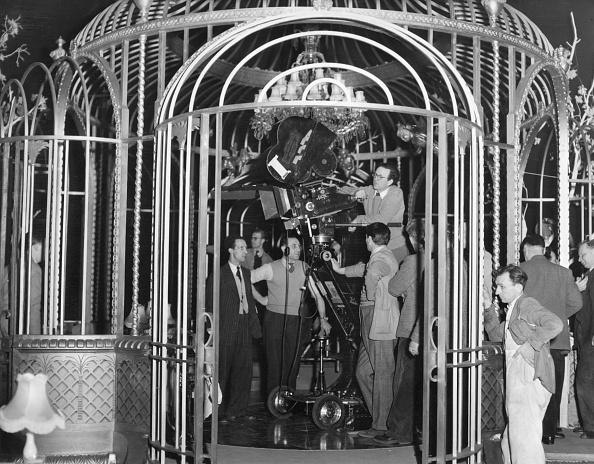 Clubbing「Camera Cage」:写真・画像(16)[壁紙.com]