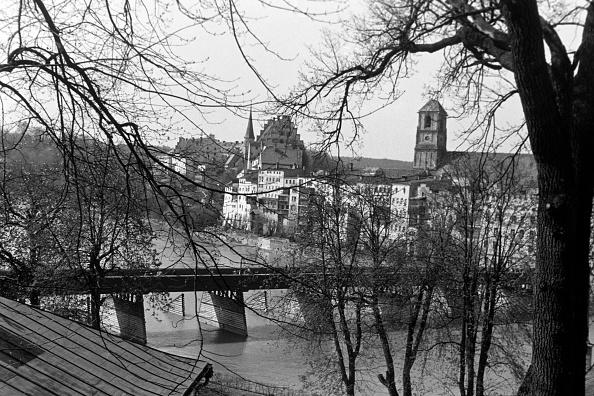 Old Town「Visiting Wasserburg Am Inn」:写真・画像(9)[壁紙.com]