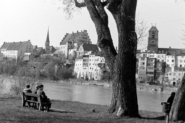 Bench「Visiting Wasserburg Am Inn」:写真・画像(19)[壁紙.com]
