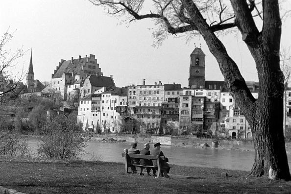 Old Town「Visiting Wasserburg Am Inn」:写真・画像(1)[壁紙.com]