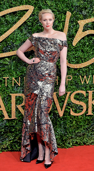 Gwendoline Christie「British Fashion Awards 2015 - Red Carpet Arrivals」:写真・画像(14)[壁紙.com]