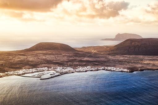 La Graciosa - Canary Islands「la graciosa archipielago chinijo lanzarote aerial view」:スマホ壁紙(0)