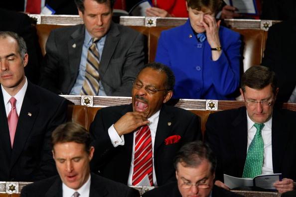 Yawning「President Obama Addresses Joint Session Of Congress」:写真・画像(6)[壁紙.com]