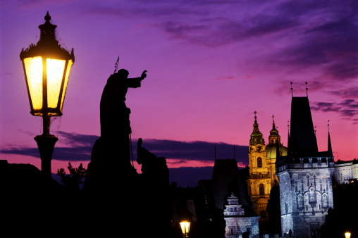 Charles Bridge「STATUE OF SAINT ON CHARLES BRIDGE, PRAGUE, CZECH REP.」:スマホ壁紙(8)