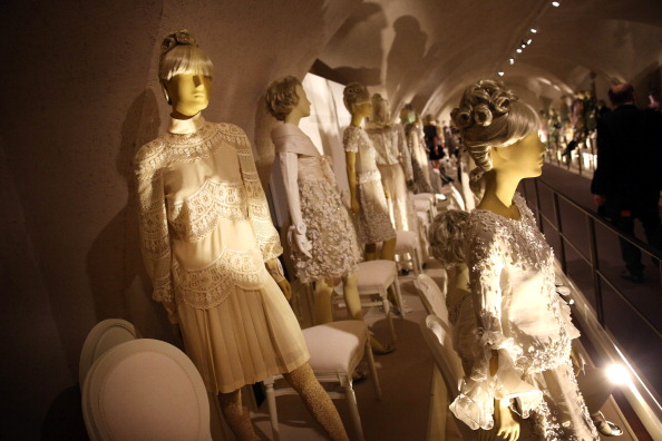 Wedding Dress「Valentino: Master of Couture Press View」:写真・画像(4)[壁紙.com]