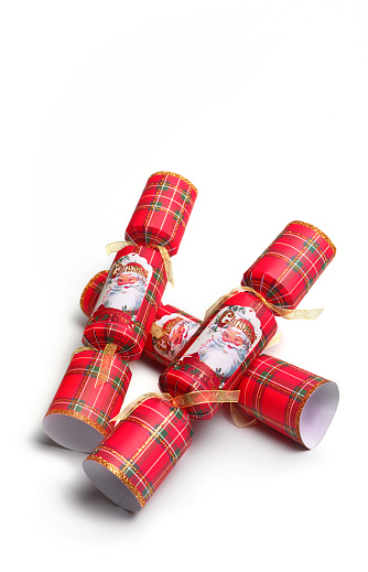 Christmas Cracker「GENERIC CHRISTMAS CRACKERS ON WHITE BACKGROUND」:スマホ壁紙(9)