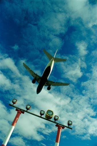 Passenger「PASSENGER AIRLINER AND RUNWAY LIGHTS」:スマホ壁紙(12)