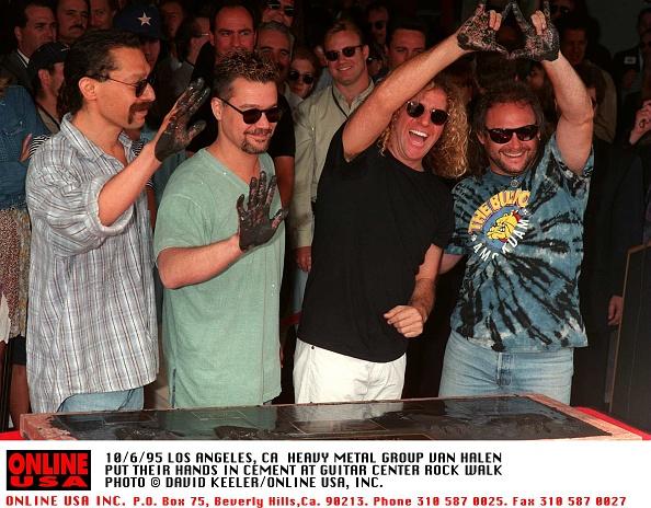 David Keeler「10/6/95 LOS ANGELES, CA VAN HALEN IMMORTALIZED AT GUITAR CENTER ROCK WALK」:写真・画像(9)[壁紙.com]