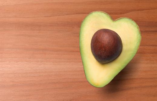 Avocado「HEART SHAPED AVOCADO, HEALTHY EATING」:スマホ壁紙(1)
