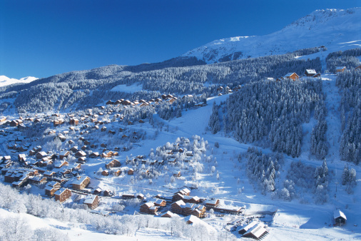 Trois Vallees「VIEW OF MERIBEL IN SAVOY IN FRANCE」:スマホ壁紙(6)
