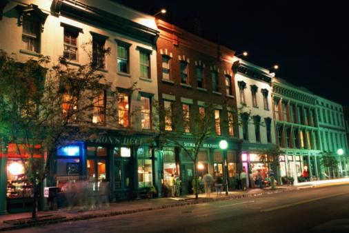 Charleston - South Carolina「STREET IN CHARLESTON, S. CAROLINA, NIGHT」:スマホ壁紙(15)