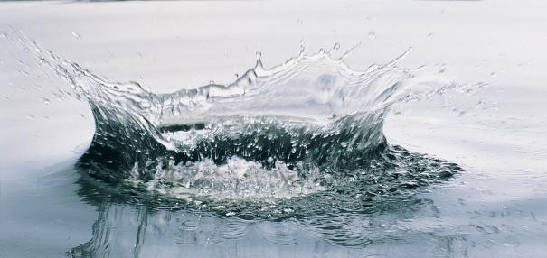 Water Surface「H2O」:スマホ壁紙(8)