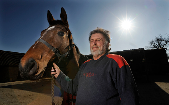 Barn「Race Horse trainer Pat Rodford 2011」:写真・画像(13)[壁紙.com]