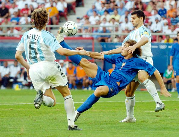 Alberto Gilardino「The 2004 Summer Olympic Games in Athens Greece」:写真・画像(0)[壁紙.com]