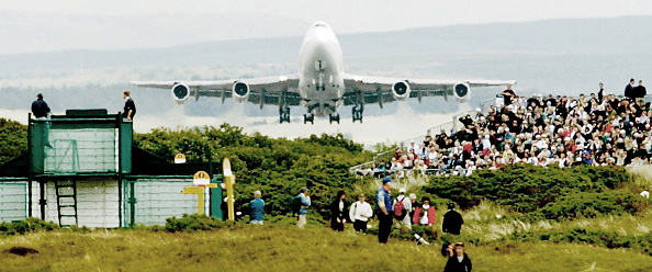 魚・熱帯魚「JUMBO FLYS OVER THE OPEN GOLF CORSE」:写真・画像(15)[壁紙.com]