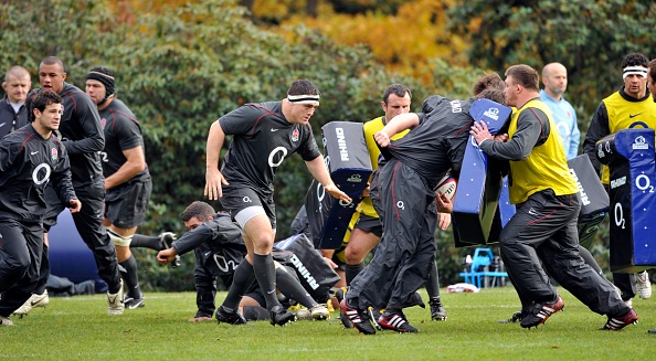 Bagshot「England Rugby Union Training at Pennyhill Park 2010」:写真・画像(19)[壁紙.com]