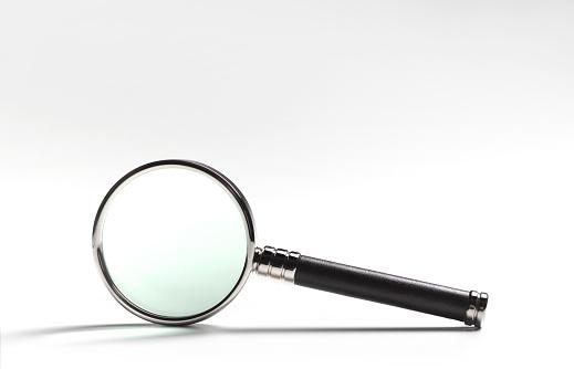 Magnifying Glass「MAGNIFYING GLASS ON WHITE」:スマホ壁紙(4)