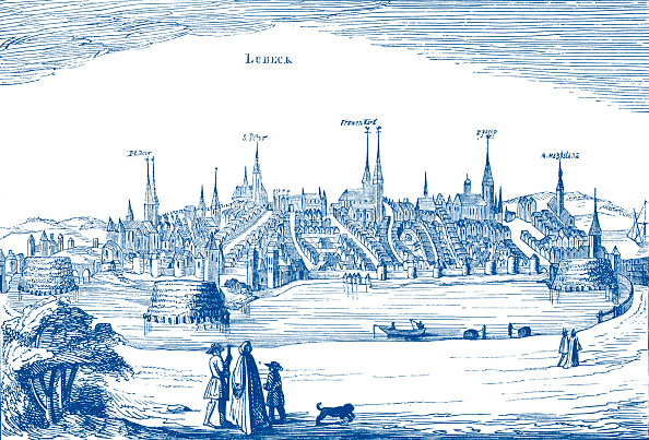 City Life「Lübeck and its harbour」:写真・画像(2)[壁紙.com]