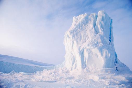 Baffin Island「ICEBERG ON BAFFIN ISLAND IN CANADA」:スマホ壁紙(19)