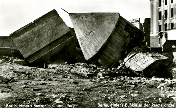 Hiding「World War 2: Hitler's Bunker in the Chancellery, Berlin」:写真・画像(18)[壁紙.com]