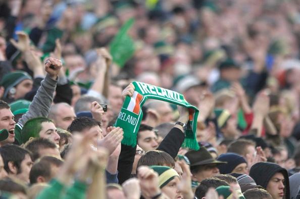 Patriotism「IRISH FLAG IN CROWD」:写真・画像(8)[壁紙.com]