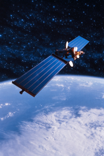 Planet Earth「COMMUNICATIONS SATELLITE WITH EARTH」:スマホ壁紙(7)