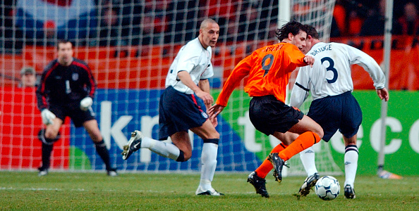 North Holland「Netherlands v England in the ArenA Amsterdam, Amsterdam 2002」:写真・画像(12)[壁紙.com]
